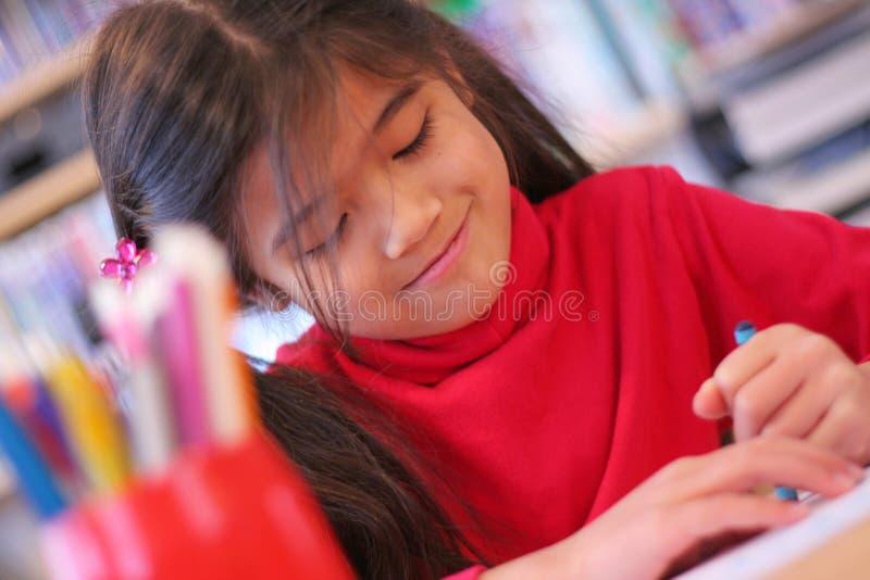 Illustrazione felice della ragazza di sei anni. fotografia stock libera da diritti