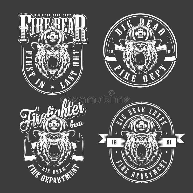 Ilsken björn i brandmanhjälmetiketter vektor illustrationer