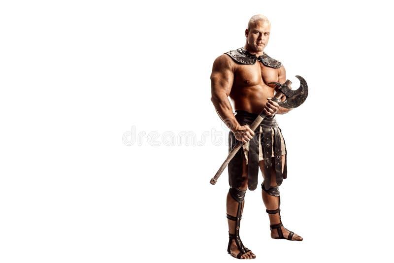 Ilsken krigare med yxan royaltyfri foto