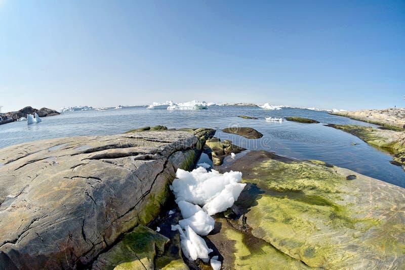 Ilulissat Icefjord i det arktiska havet i Grönland fotografering för bildbyråer