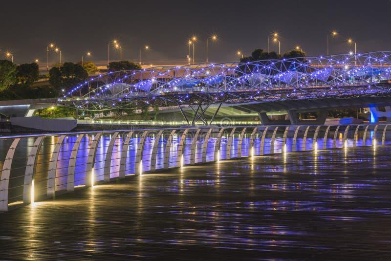Iluminação da cidade da noite fotografia de stock