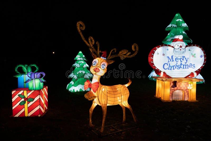 Iluminação de Natal no Festival de Luz Chinês em Varsóvia fotos de stock royalty free