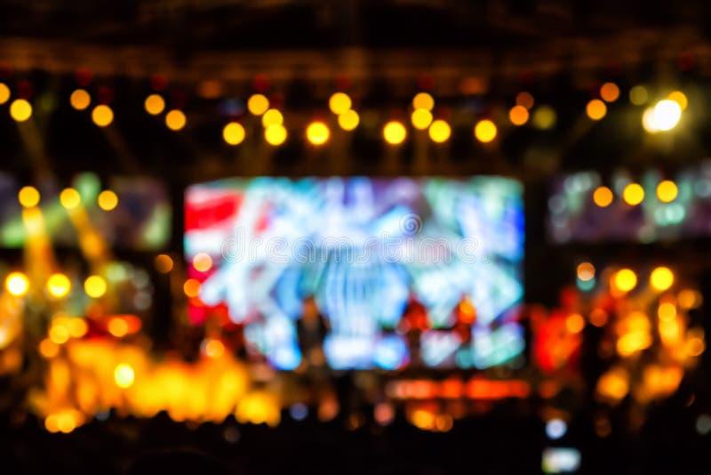 Iluminação Defocused do concerto do entretenimento na fase, bokeh fotografia de stock royalty free