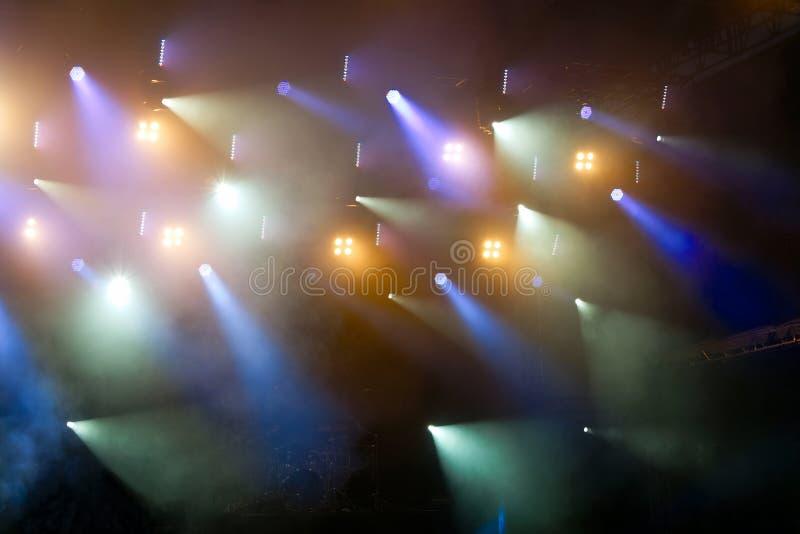Iluminación colorida del concierto fotos de archivo libres de regalías