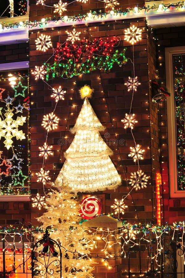 Iluminación de la Navidad imagenes de archivo