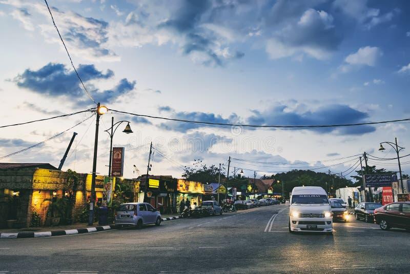 Iluminación de la noche de la calle en Langkawi, Malasia imágenes de archivo libres de regalías
