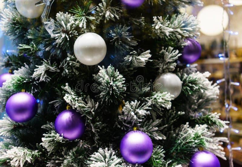 Iluminación de la noche de la Navidad en Moscú imagen de archivo libre de regalías
