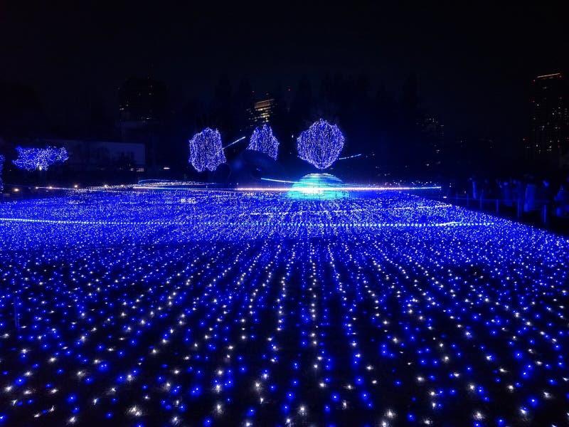 Iluminaciones en el Midtown de Tokio imágenes de archivo libres de regalías