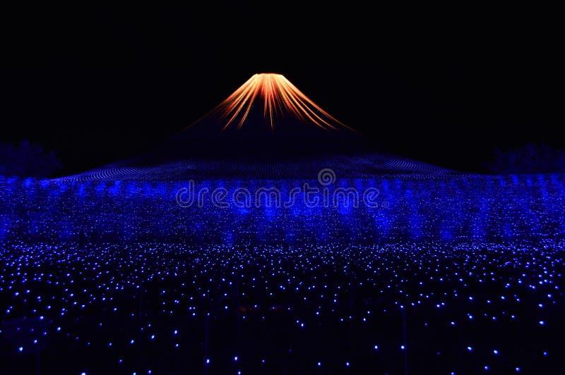 Ilumination de la montaña de Fuji imagen de archivo libre de regalías