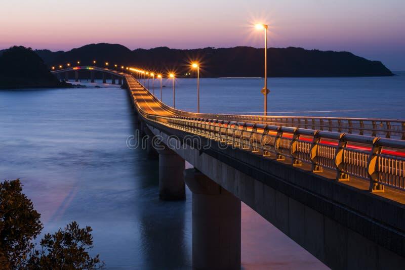 Ilumine acima a ponte fotografia de stock royalty free