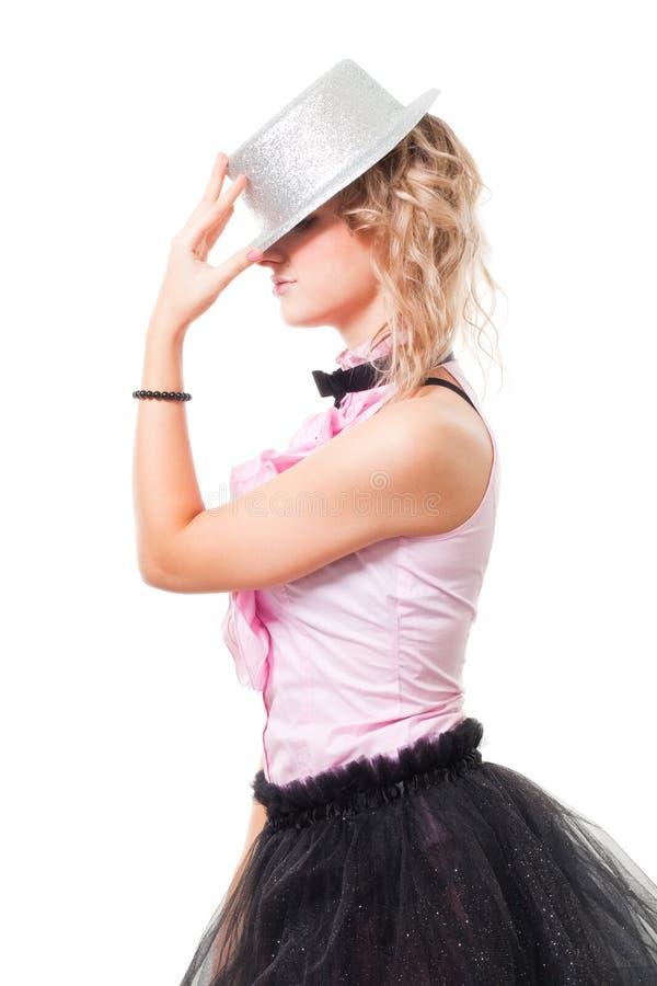 Ilusionista de la mujer con el sombrero del mago fotos de archivo libres de regalías