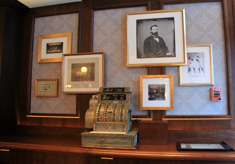 Imágenes capítulo de la historia del ` s de Saratoga, John Morrissey el más prominente, Pub del ` s de Morrissey, el hotel de Ade foto de archivo libre de regalías