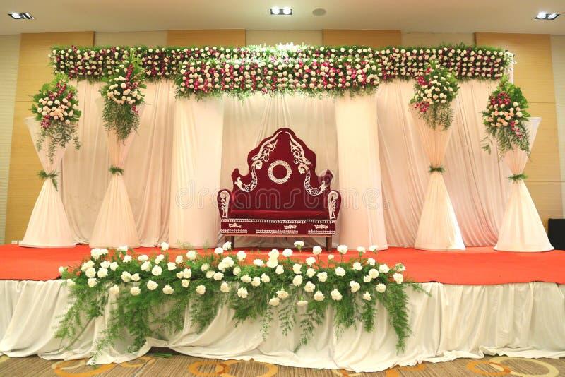 Imágenes para los decoradores indios de la flor de la etapa que se casan fotografía de archivo libre de regalías