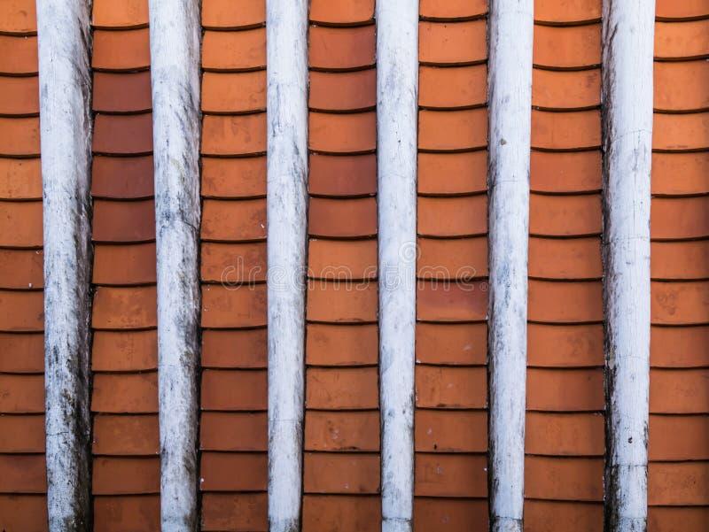 Im altem Stil Dachspitzen und Dachplatten stockfoto
