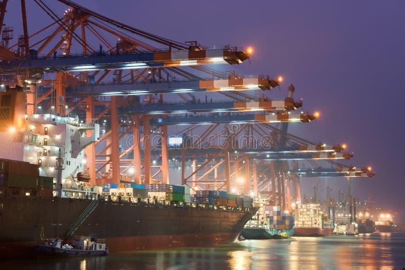 Im Hafen lizenzfreie stockfotografie