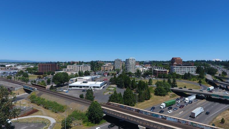 Im Stadtzentrum gelegene Brücke Vancouvers Washington From Near The I-5, die Nord schaut stockbilder
