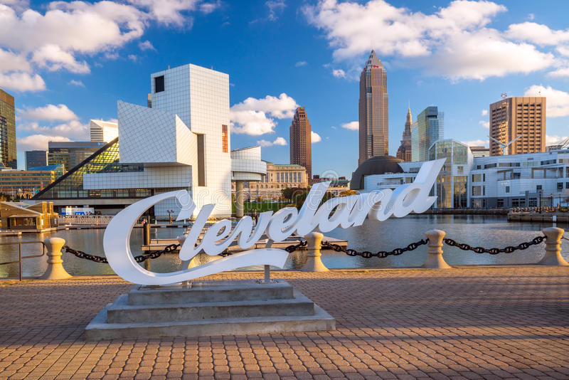 Im Stadtzentrum gelegene Cleveland-Skyline stockbild
