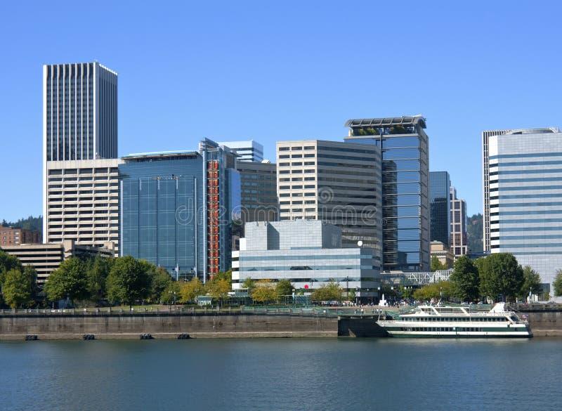 Im Stadtzentrum gelegene Gebäude, Portland ODER. lizenzfreies stockbild