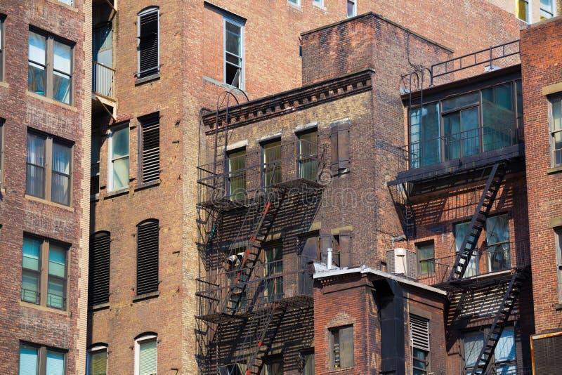 Im Stadtzentrum gelegene Gebäudebeschaffenheiten Manhattans New York stockfotografie