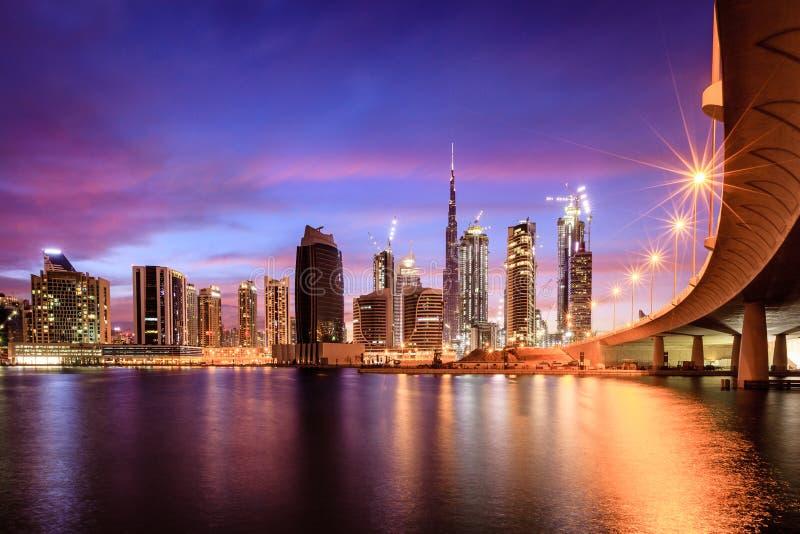Im Stadtzentrum gelegene Skyline Dubais stockfoto