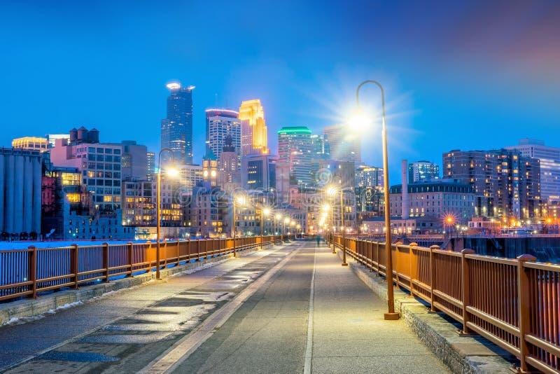 Im Stadtzentrum gelegene Skyline Minneapolis in Minnesota, USA lizenzfreies stockbild