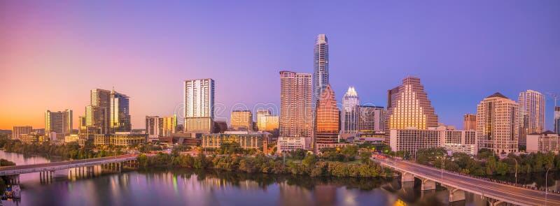 Im Stadtzentrum gelegene Skyline von Austin, Texas lizenzfreie stockfotos
