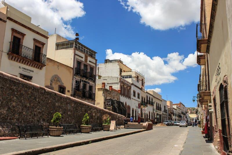 Im Stadtzentrum gelegene Straße Zacatecas Magische Stadt Mexikos lizenzfreie stockbilder