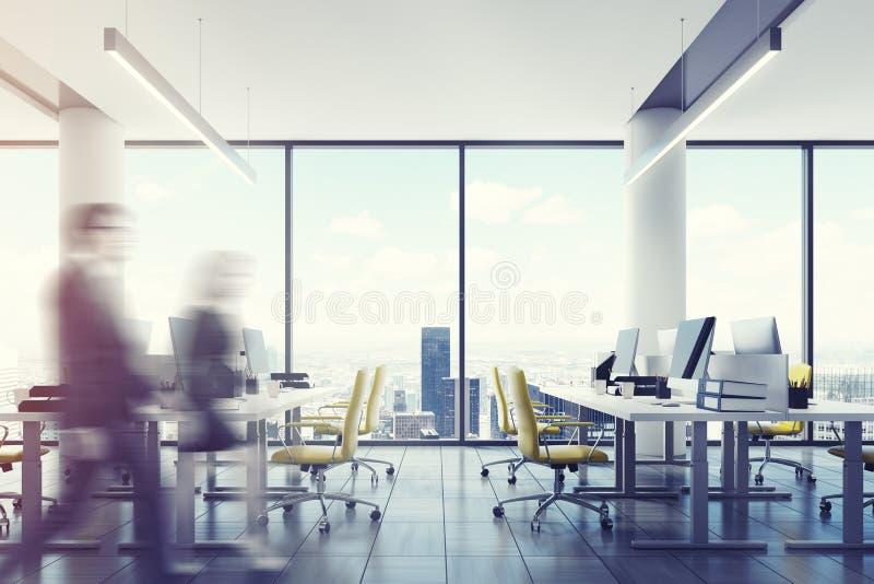 Im Stadtzentrum gelegener Büroinnenraum des Dachbodens, Leute stockfotografie