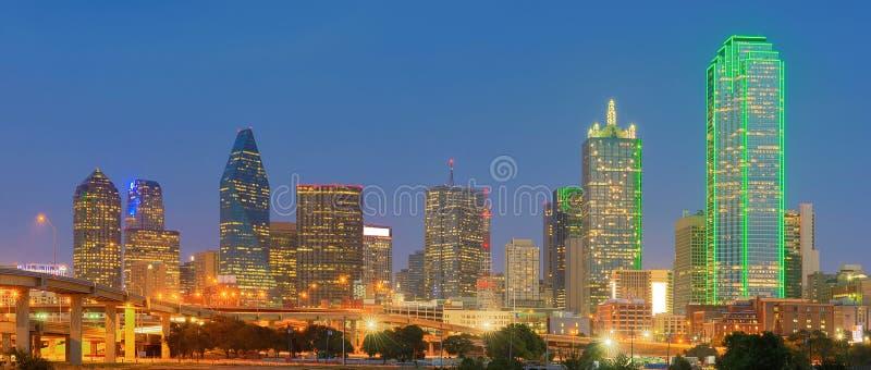 Im Stadtzentrum gelegener Dallas City, Texas, USA stockfotografie