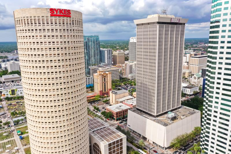 Im Stadtzentrum gelegener Skyline-Wolkenkratzer-Luftfoto Tampas, Florida lizenzfreies stockfoto