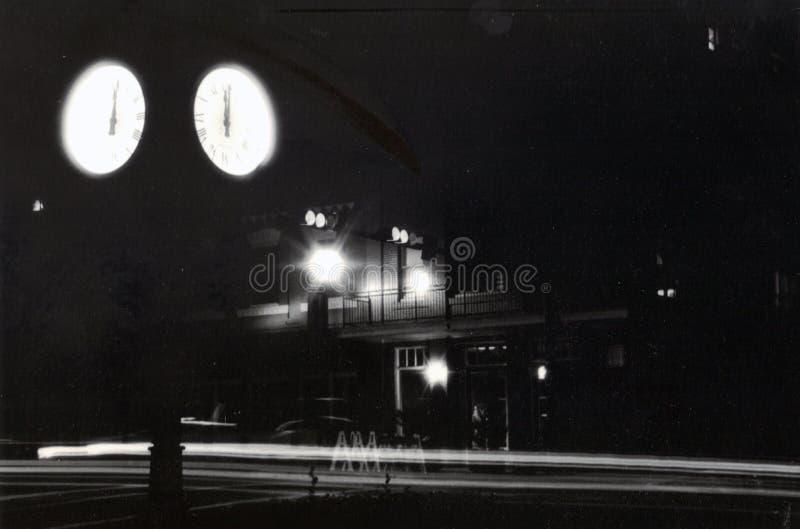 Im Stadtzentrum gelegener Tallahassee in der Dunkelheit stockfotografie