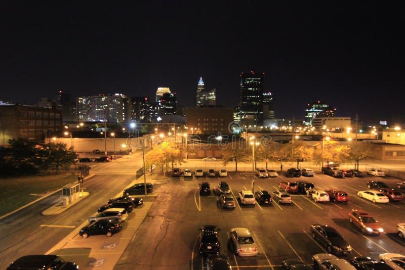 Im Stadtzentrum gelegenes Cleveland von der Ostseite stockfotos
