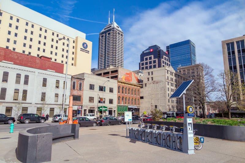 Im Stadtzentrum gelegenes Indianapolis lizenzfreies stockfoto