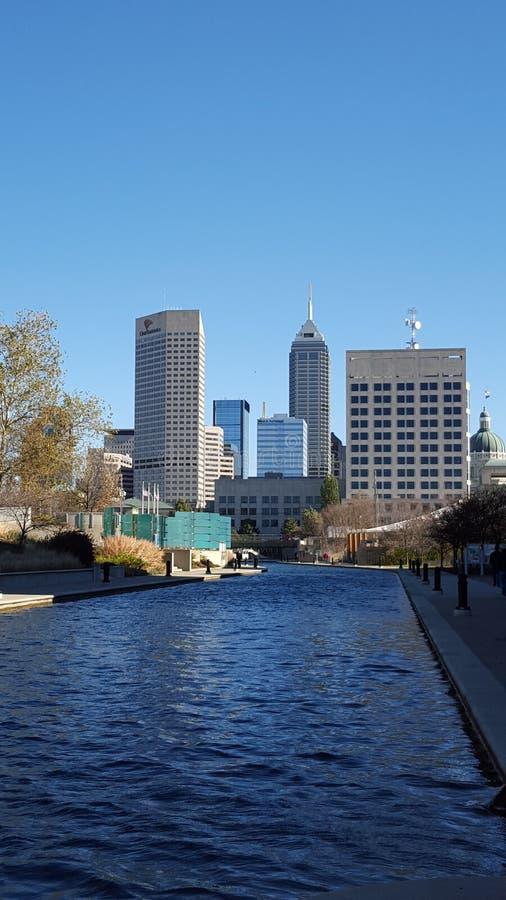 Im Stadtzentrum gelegenes Indianapolis stockfoto