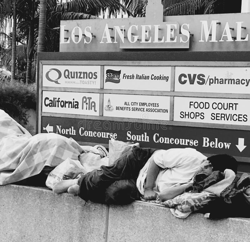Download Im Stadtzentrum Gelegenes LA Redaktionelles Stockfoto - Bild von lebensstil, wahl: 96933908