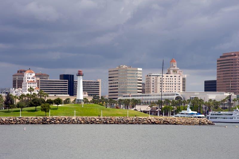 Im Stadtzentrum gelegenes Long Beach stockbilder