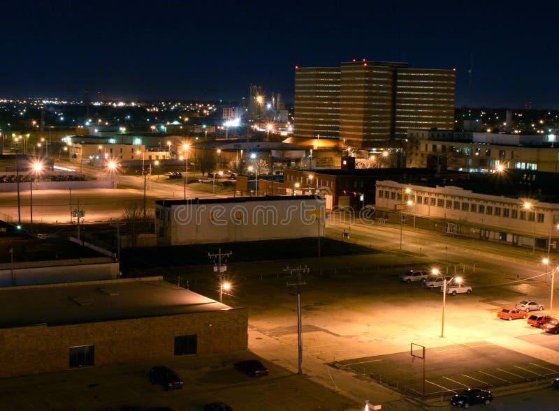 Im Stadtzentrum gelegenes Oklahoma-Grafschaft-Gefängnis im Abstand stockfotografie