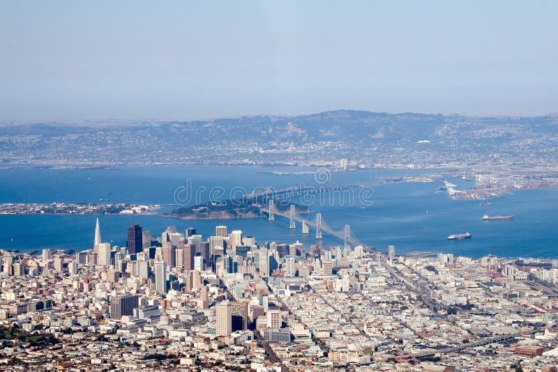 Im Stadtzentrum gelegenes San Francisco lizenzfreie stockfotos