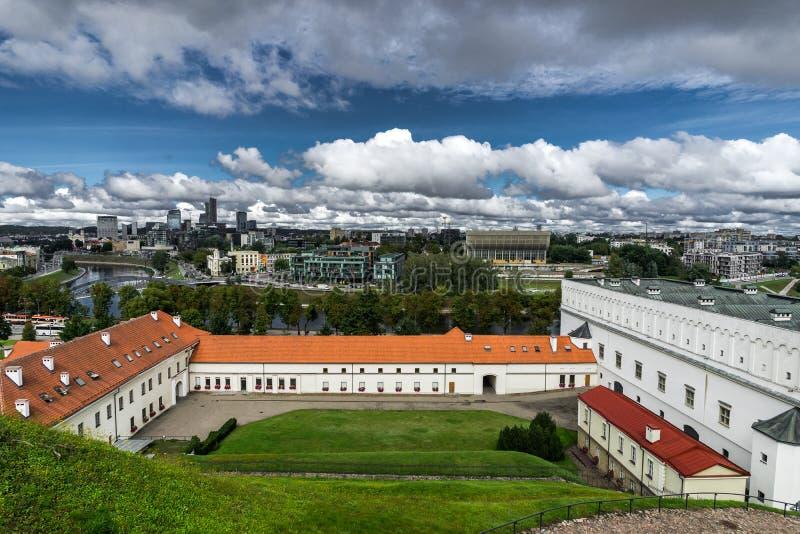 Image aérienne de bourdon de Tallin Estonie de colline de Toompea avec la vue de l'église de dôme, Tallinn, Estonie image stock