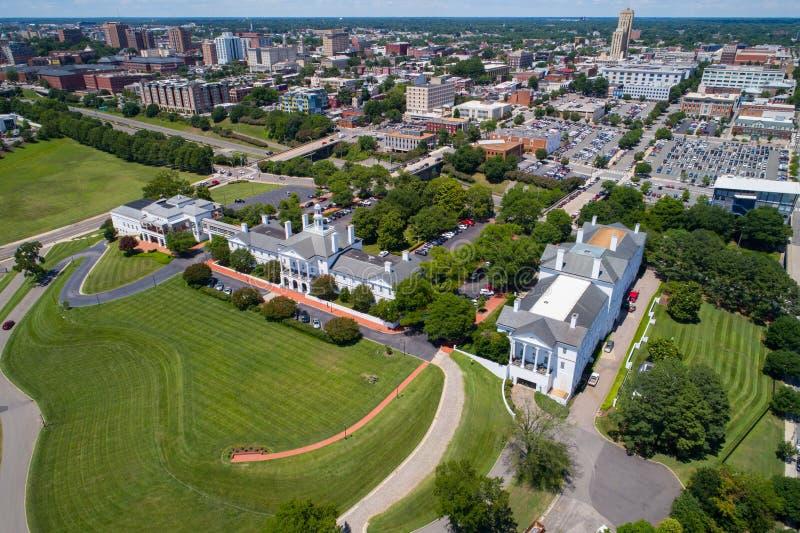 Image aérienne de colline Richmond du centre VA de jeux photo libre de droits