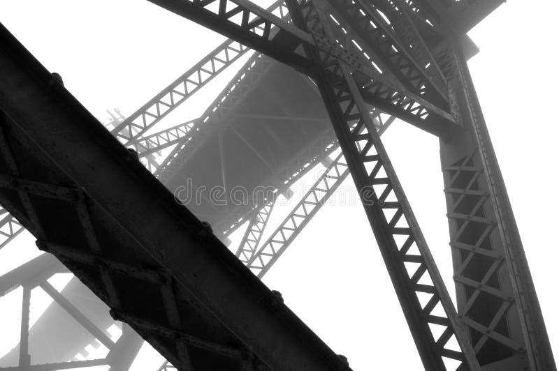 Abrégé sur acier et brouillard photo libre de droits