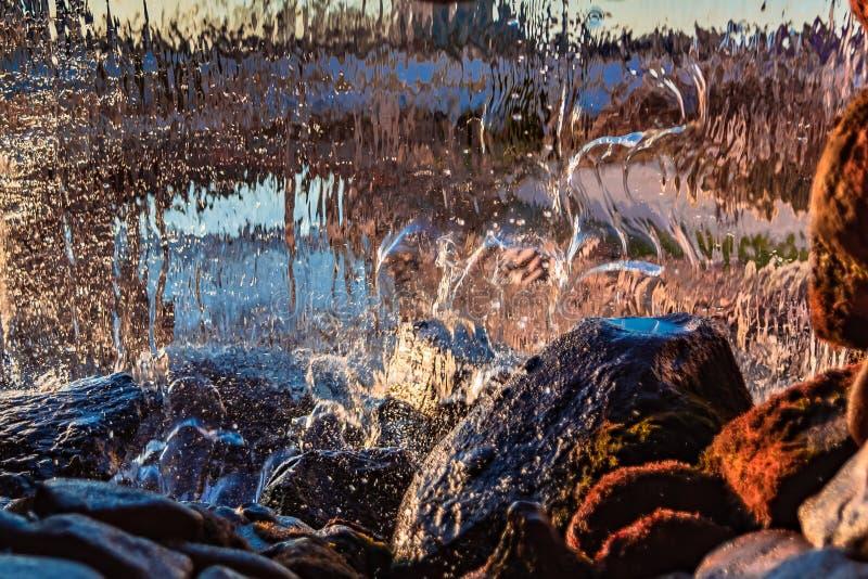 Image brouillée par l'eau en baisse photos libres de droits