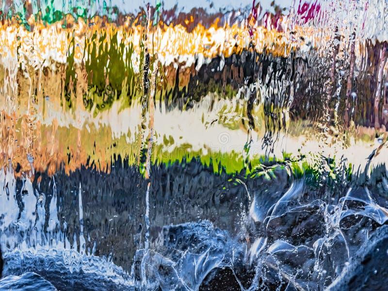 Image brouillée par l'eau en baisse images libres de droits