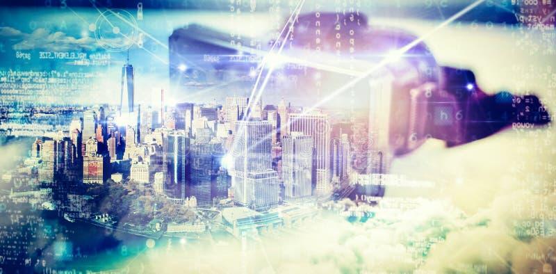 Image composée d'un World Trade Center dans la ville par la rivière le jour ensoleillé illustration libre de droits