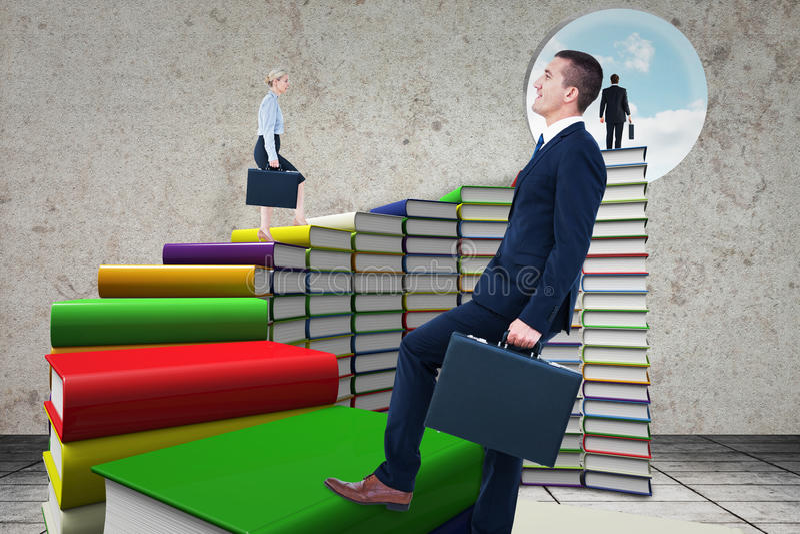 Download Image Composée De Femme D'affaires S'élevant Avec La Serviette Image stock - Image du carrière, ordinateur: 56478493