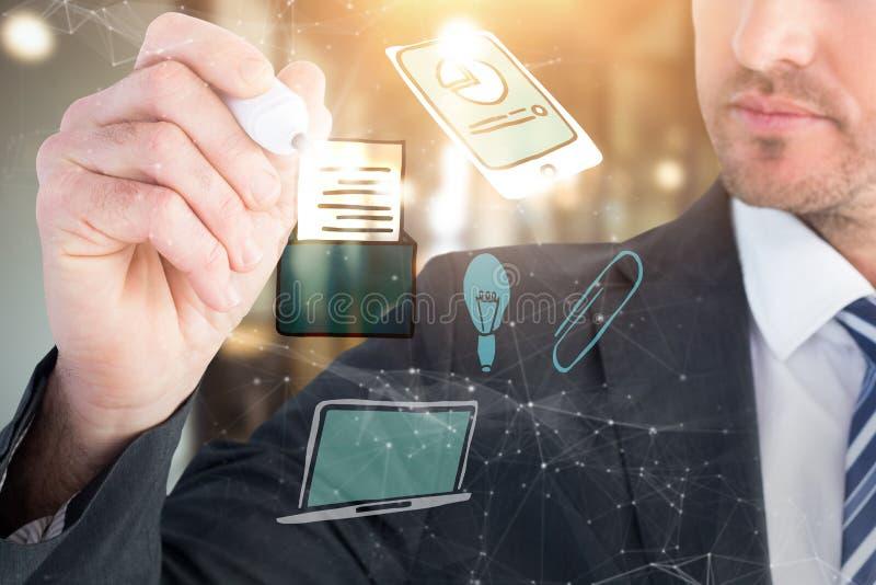 Image composée de l'écriture sérieuse d'homme d'affaires avec le marqueur photos stock