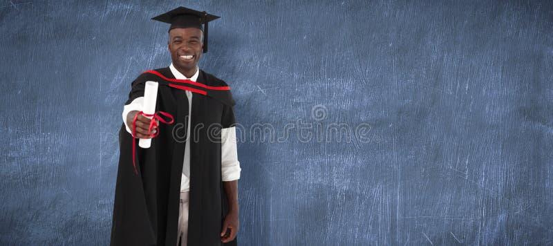 Image composée de l'homme smilling à l'obtention du diplôme photos libres de droits