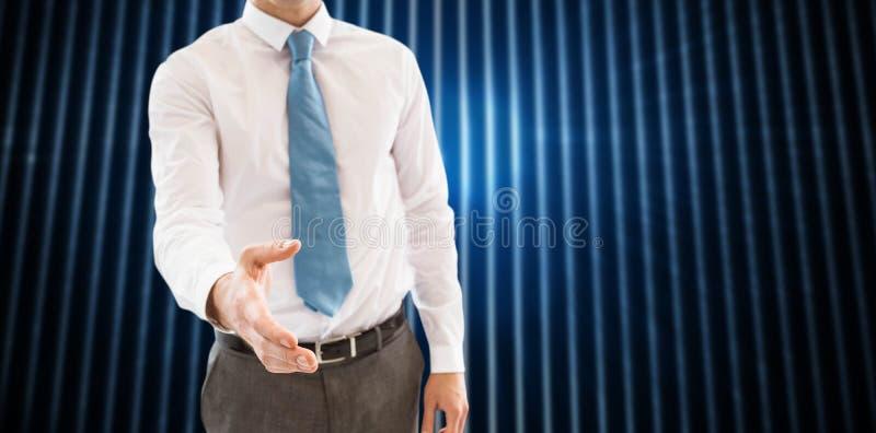 Image composée de poignée de main de offre de sourire d'homme d'affaires photographie stock