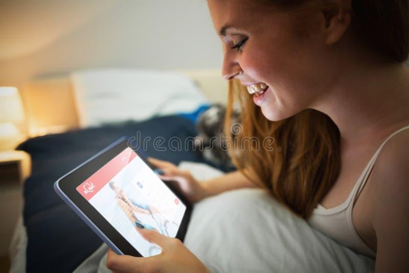Download Image Composée De Site Web De Datation Photo stock - Image du intime, confortable: 56478750