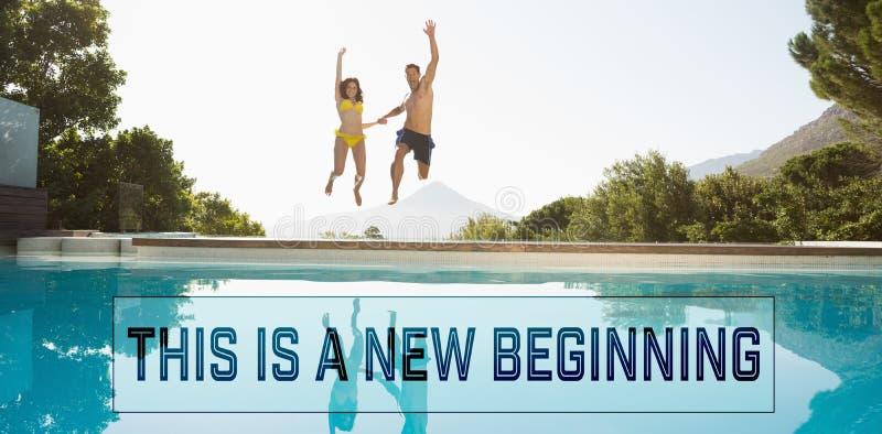Image composée des couples gais sautant dans la piscine photos stock